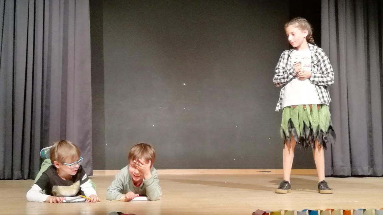 O grupo infantil de Teatro Vacalouras estrea o luns no auditorio a obra 'E agora que?'