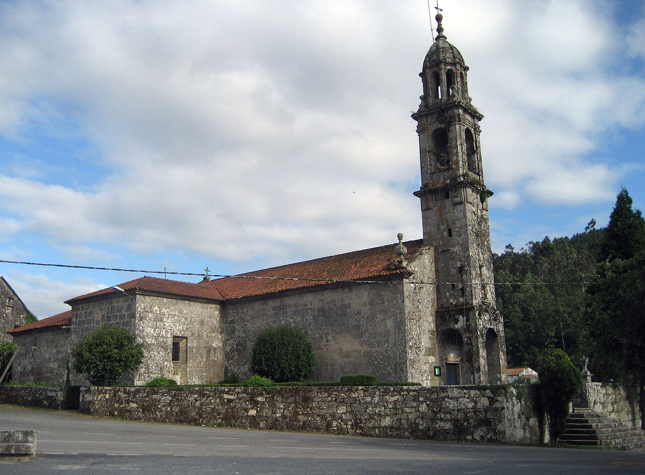 Igrexa de San Mamede de Rois, na parroquia de Rois, Rois, A Coruña.. Sorruno - Obra propia (Wikipedia)